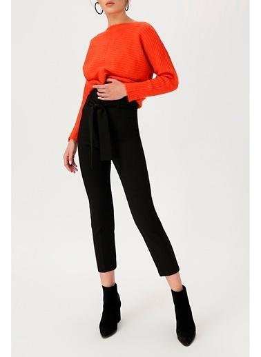 Random Kadın Yüksek Bel Beli Kemerli Pantolon Siyah